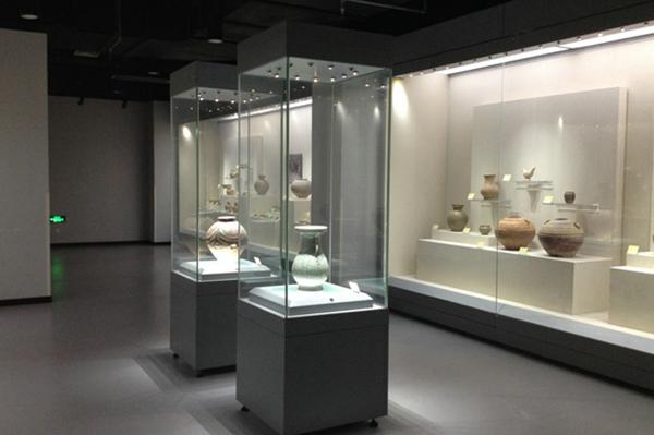 博物馆独立展柜